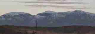 Massiccio del Pollino visto dalla valle del Crati (CS)